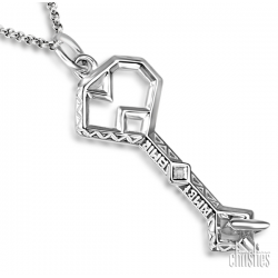 "The Hobbit Thorins Key to Erebor Pendant - Lord of the Rings Ring Jewellery - I am Thorin son of Thrain son of Thror King under the Mountain! I return!"" Thorin wore a sky-blue hood with a long silver tassel. Around his neck h"